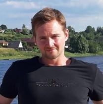 alexandershmidke-saintpetersburg-tour-guide