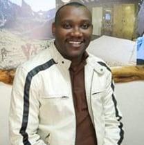 kenmburu-nairobi-tour-guide