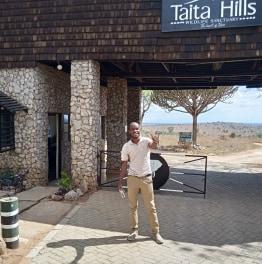 graham-nairobinationalpark-tour-guide