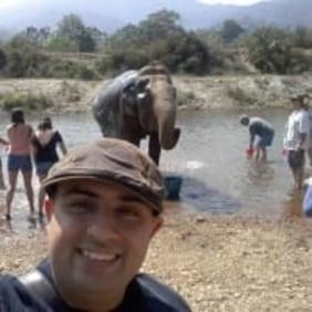 aree-chiangmai-tour-guide