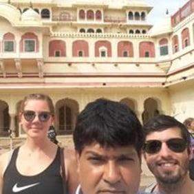 mahesh-jaipur-tour-guide
