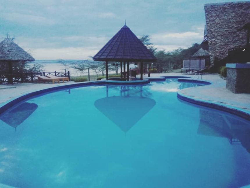 Sirville lodge, pool area