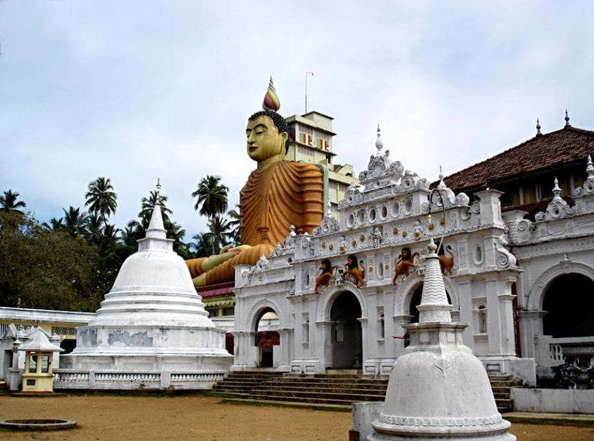 Chauffeur Guide Service Srilanka