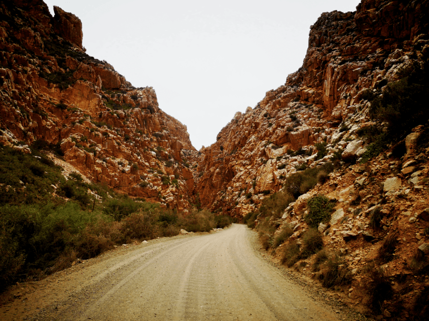 Entrance to Swartberg Pass