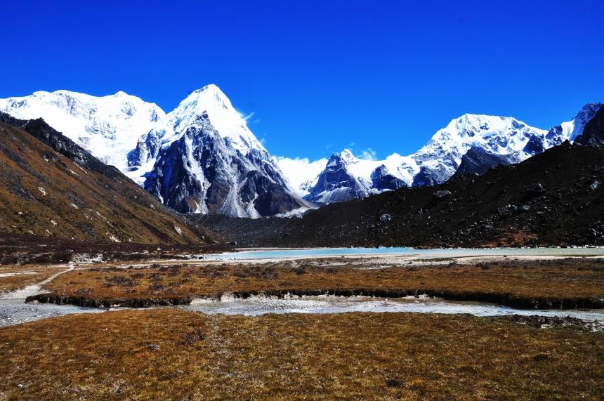 Gorgeous snow clad peaks