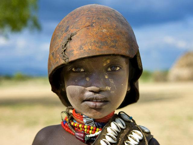 a small erbore tribe kid