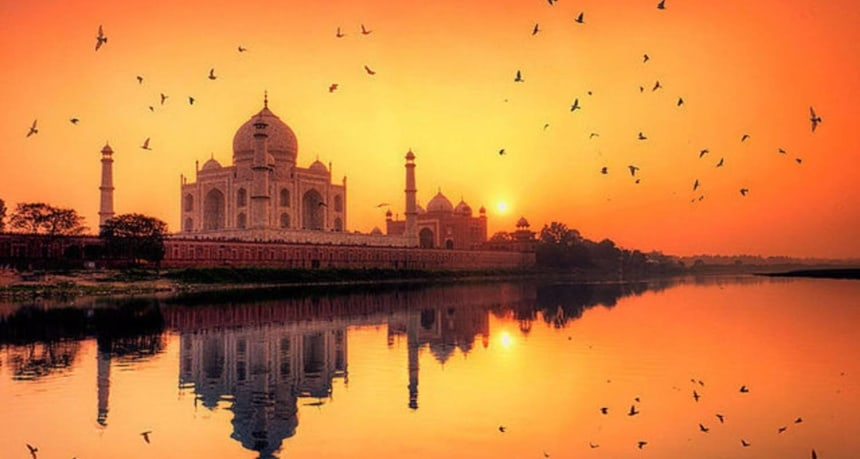 Taj Mirror Tours