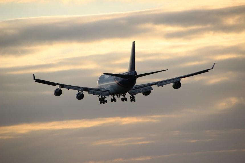 Transfert à l'aéroport et vol retour.