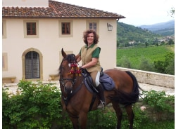 essentialdisimonatodeschini-florence-tour-operator