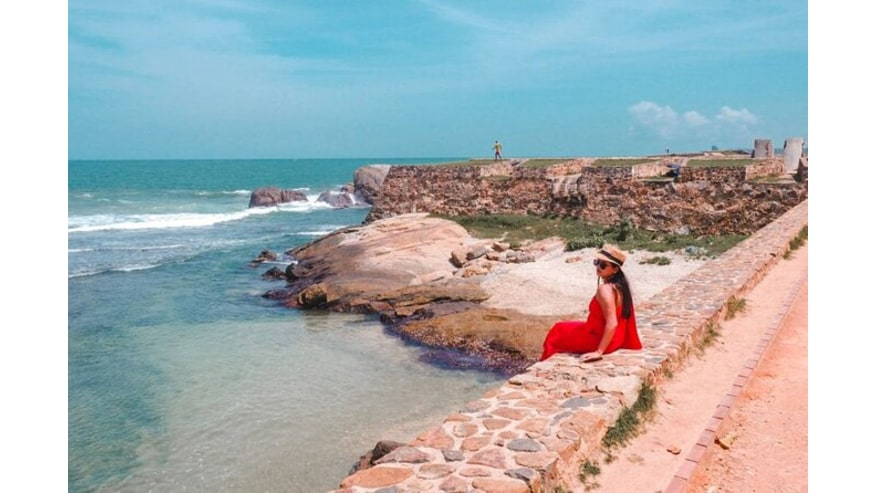Walk along Galle Fort