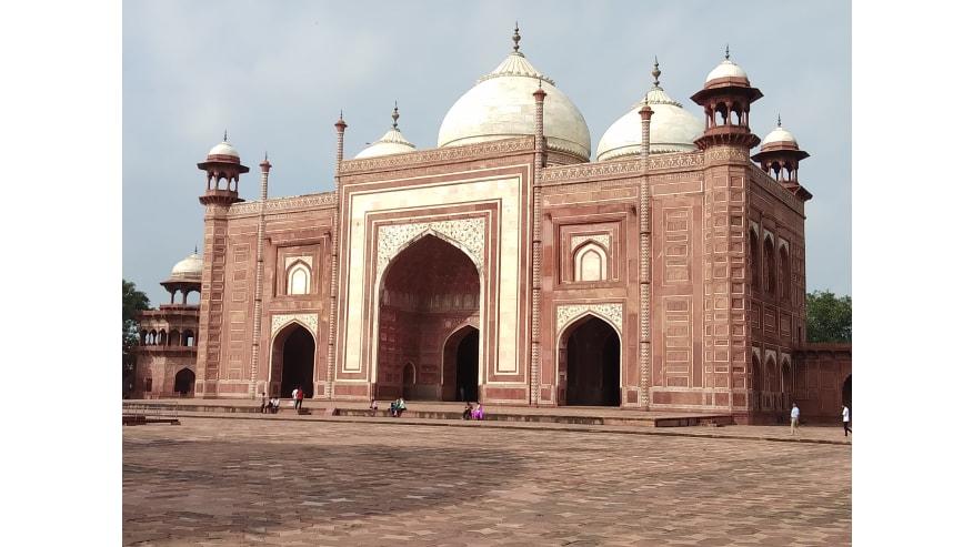Itmad Ud Daulah Mausoleum