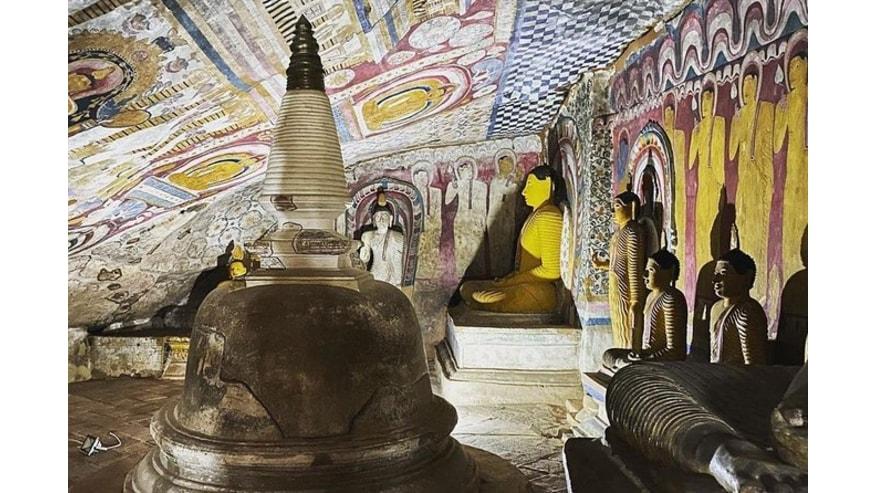 Buddha statues at Dambulla Cave Temple
