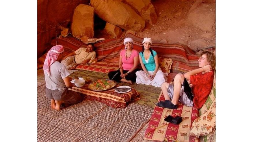 Open buffet lunch at Dead sea