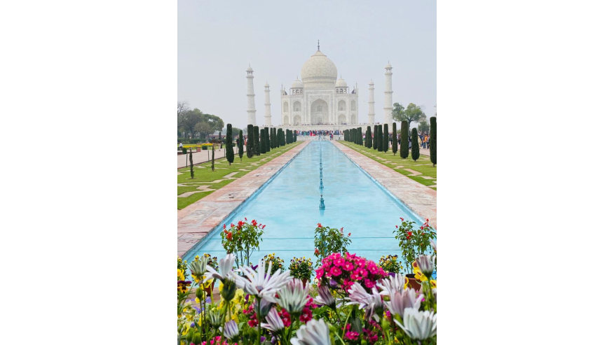 Taj Mahal - Symbol of Love
