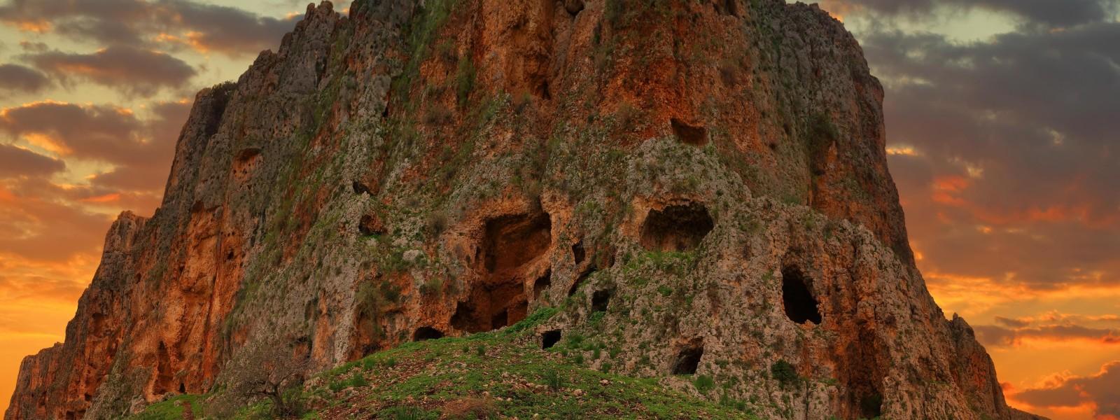MountArbel-Tour-Guide