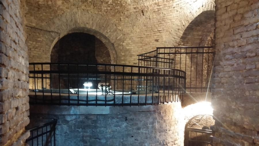 Roman well