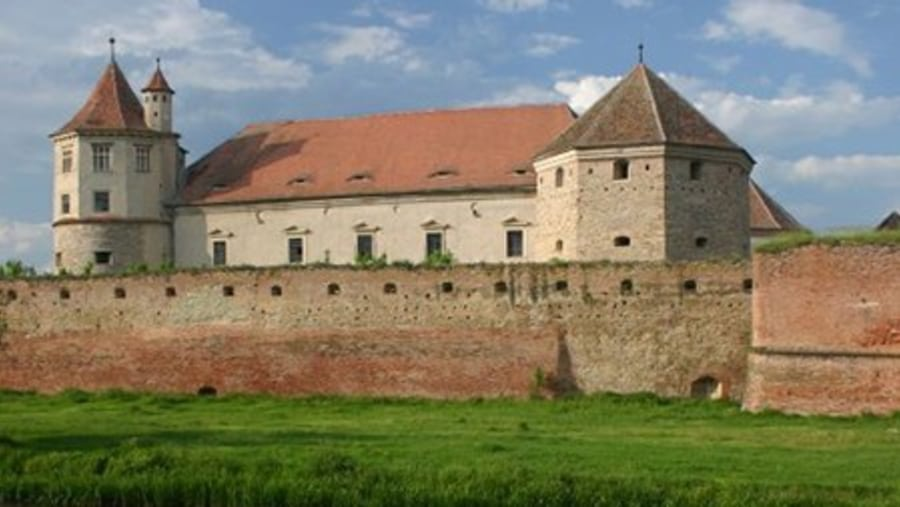Fagaras Fortress - Tours in Brasov