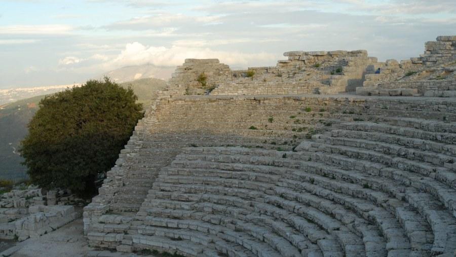 Il Teatro Greco di Segesta