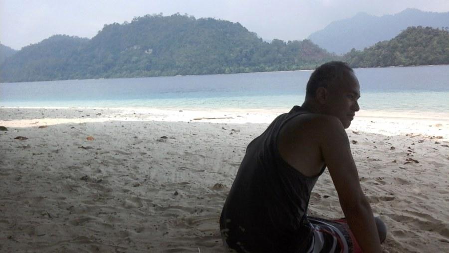 Sand bathing on Pagang Beach