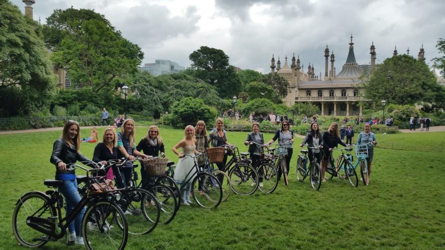 Hen Bike tours in Brighton