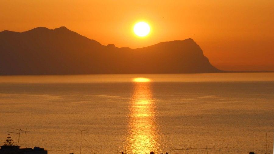Balestrate : Tramonto sul golfo di Castellammare
