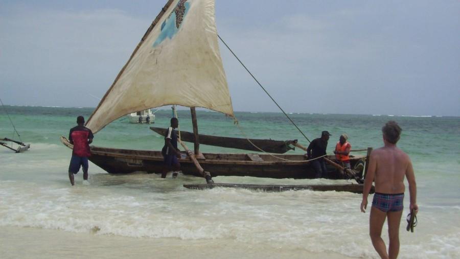 Ngalawa in Indian Ocean