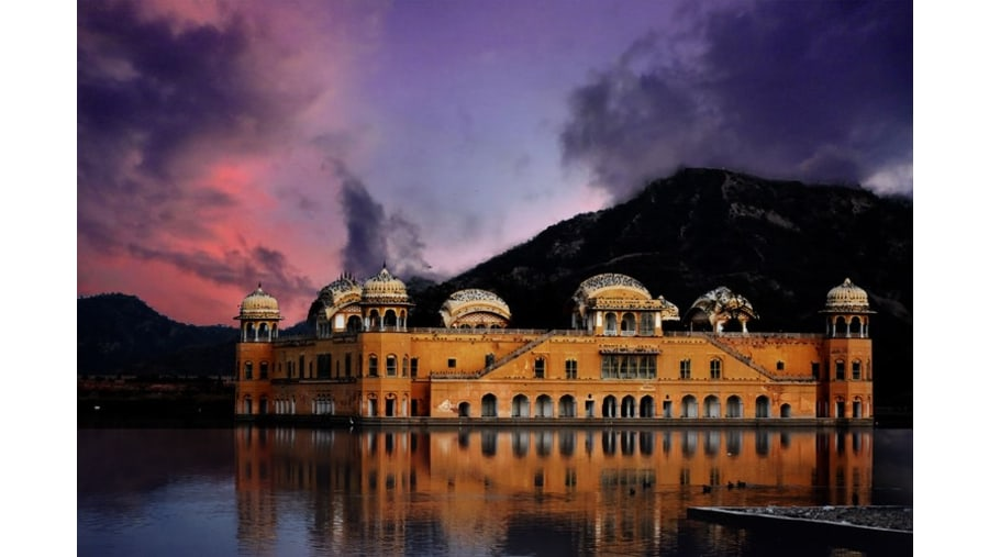 Jal Mahal (Night View)