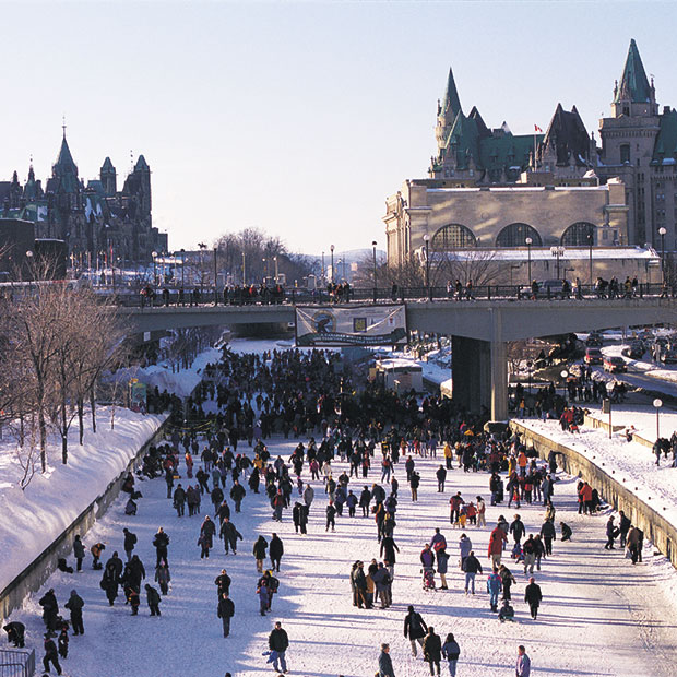 rideau canal skateway tourisme outaouais tourisme outaouais. Black Bedroom Furniture Sets. Home Design Ideas
