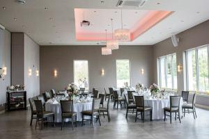 Le Belvédère reception room - Photo 2