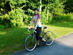 Danielle en vélo