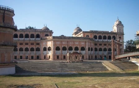 Sheesh-Mahal1