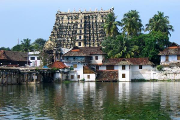 Padmanabha-Swamy-Temple-Trivandrum