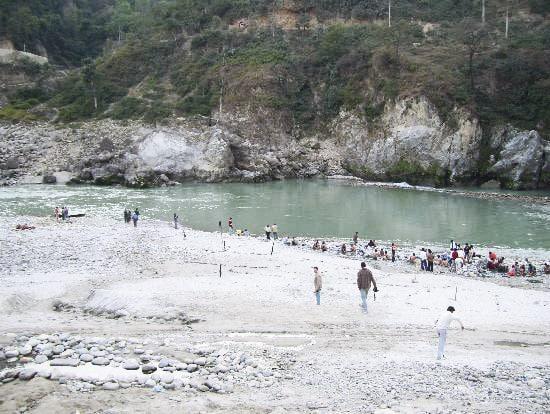 Hot_Springs_Rajgir_17461