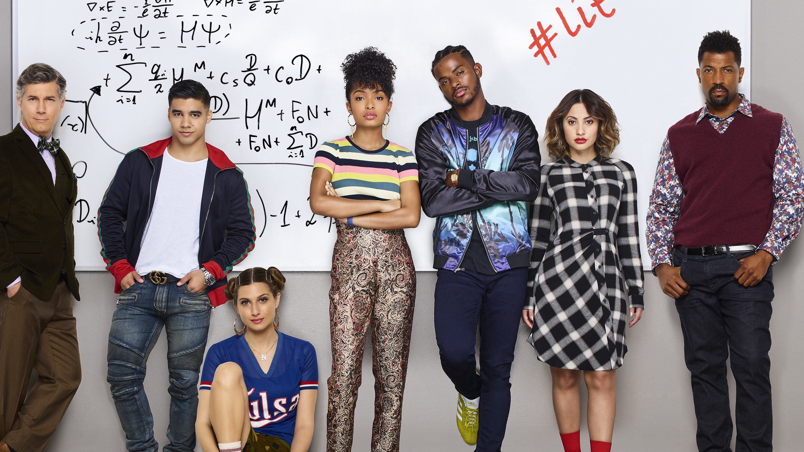 Before watching Grown-ish, the first Black-ish spinoff featuring Zoey going  off to college raises a lot of cliché red flags.
