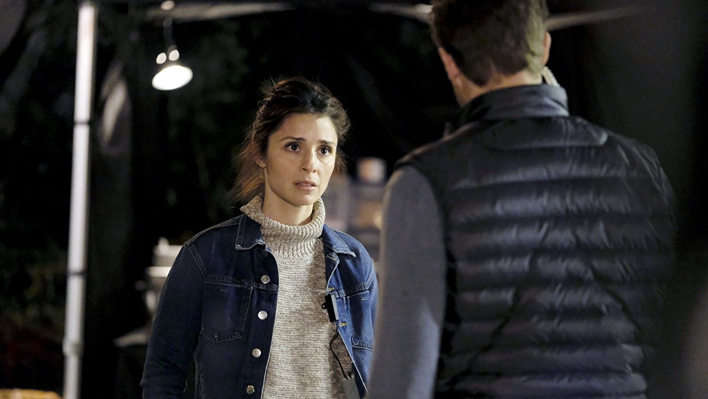 Watch UnREAL season 3 premiere online