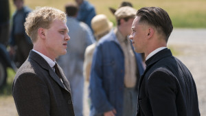 Killian scott confronts a newspaper reporter 0bc4e104