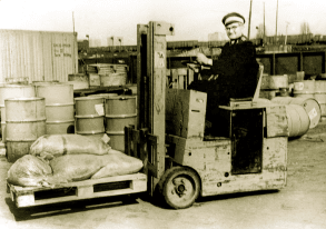 Elektro-hochhubwagen mit initialhub