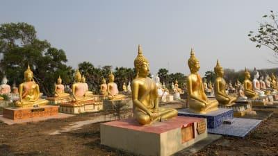 カオス過ぎる!タイの地獄寺「Wat Phai Rong Wua」