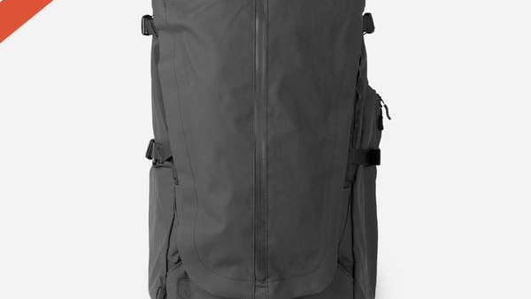 WANDRDの「FERNWEH Backpacking Bag」が良さそう