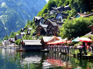 A stroll along the Hallstatt Waterfront is a must on a Hallstatt to Salzburg day trip.