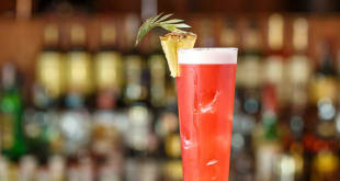 How to Make the Perfect Singapore Sling