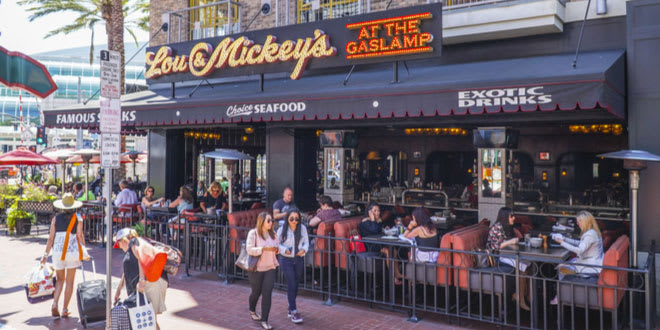 One of the hundreds of San Diego restaurants in the Gaslamp District