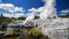 NZ.Rotorua_Pohutu_Geysir