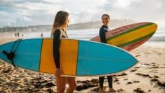 AU.Sydney_Bondi_Beach_Surfer