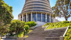 NZ.Wellington_Beehive_Nationalparlament