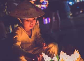 VNM.Hanoi.Kind mit Hut