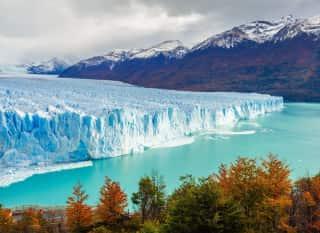 ARG.El Calafate.Gletscher und Berge