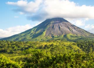 CR.Vulkan Arenal 2