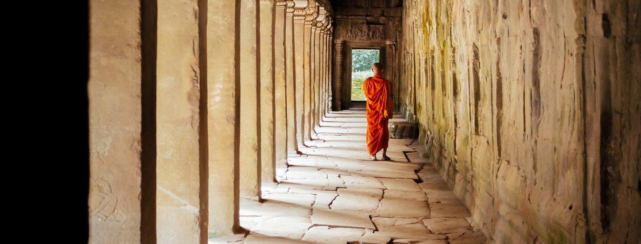 KH.Mönch Ein Mönch von hinten fotografiert