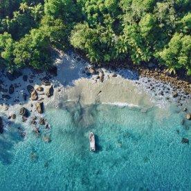 Wanderung zum schönsten Strand der Seychellen